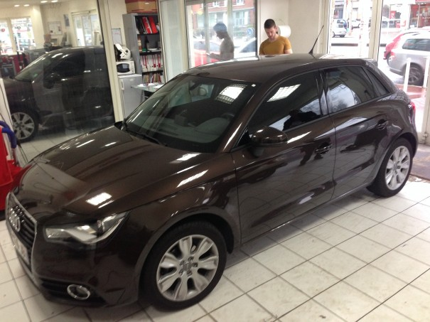voiture du jour audi a1 sportback glastint montrouge. Black Bedroom Furniture Sets. Home Design Ideas